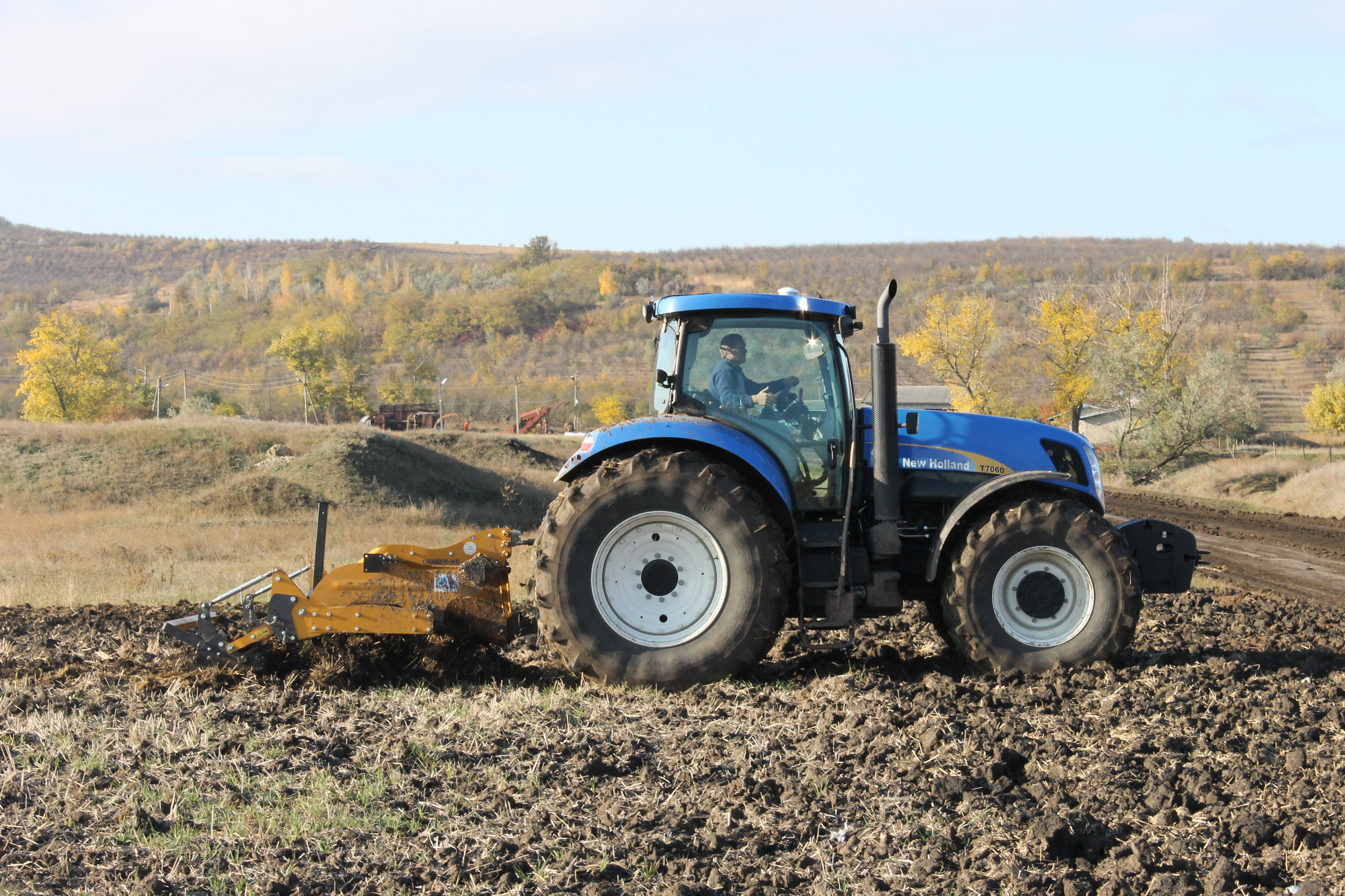 moldova tractor 2 0 - climate adaptation.