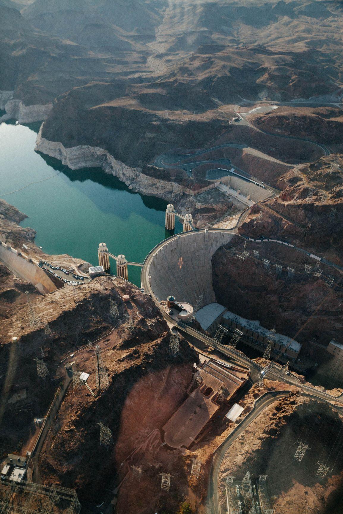 Hoover dam skyview ©Nathan Roser