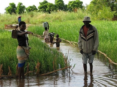 Severe flooding in central Malawi causing prolonged hardship and disruption of livelihoods (photo: Gina Ziervogel)