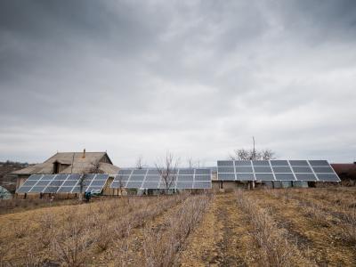 moldova marinici - mounted solar panels at ocara stefan dumitru peasant farm 03 - february 2016 - cco 0 - climate adaptation.