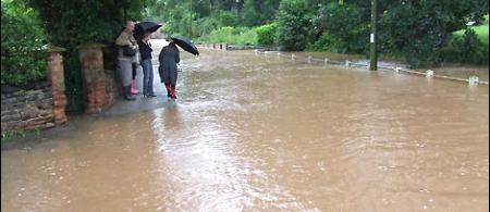 Hoveringham flood