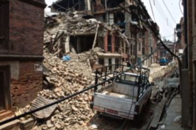 Earthquake in Bhaktapur, Nepal. Photo: Sonny Inbaraj